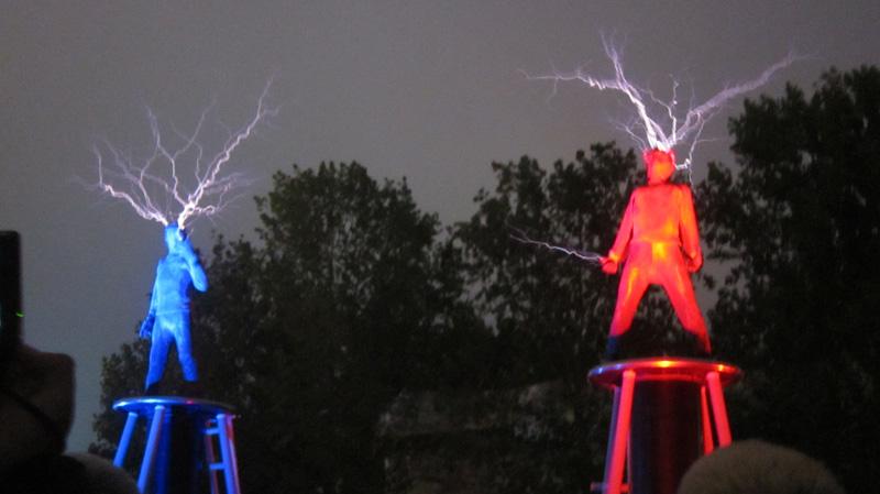 28_lords-of-lightning